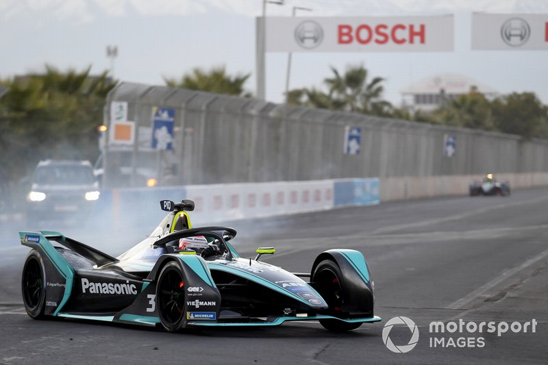 Nelson Piquet Jr., Jaguar Racing, Jaguar I-Type 3, blocca i freni
