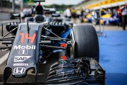 McLaren MP4-31 of Fernando Alonso, McLaren
