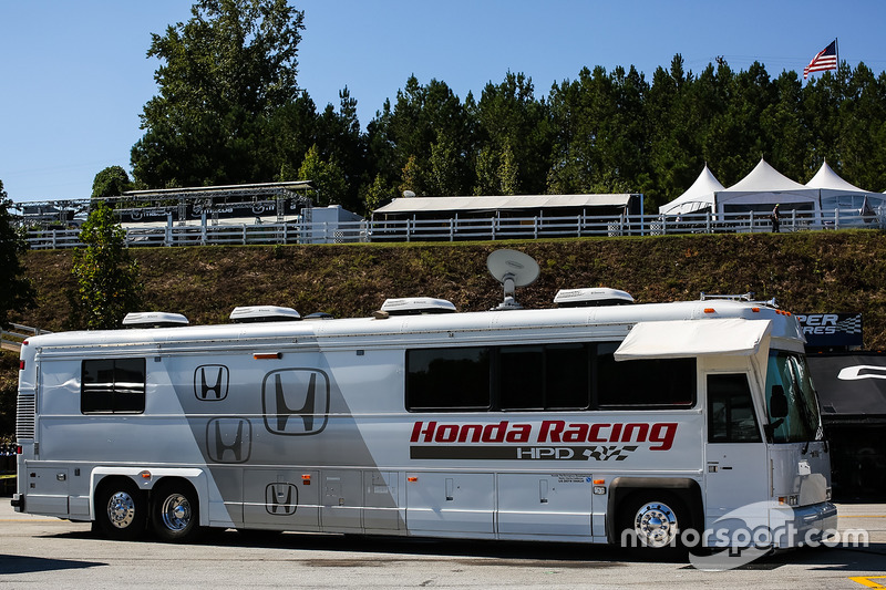 Renntransporter: Honda Racing
