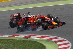 Daniel Ricciardo, Red Bull Racing RB12 y Sebastian Vettel, Ferrari SF16-H