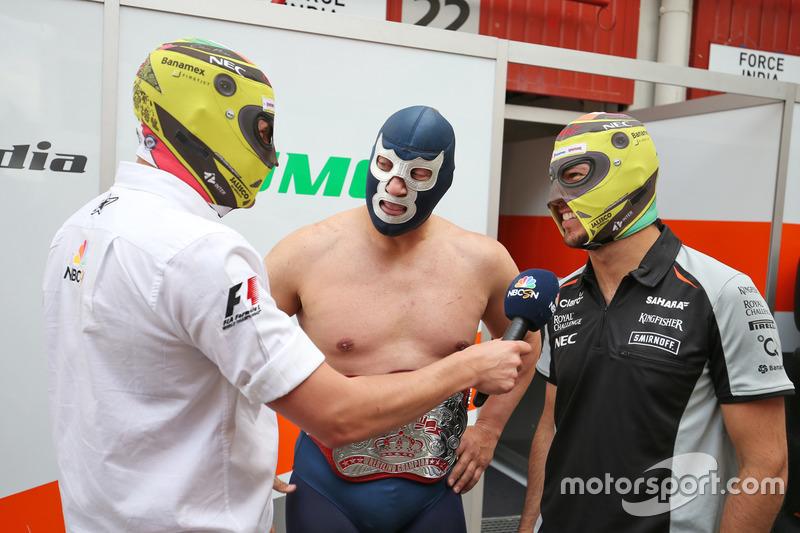 (Da Sx a Dx): Will Buxton, Presentatore NBC Sports Network TV con Blue Demon Jr., Luchador e Wrestler e Sergio Perez, Sahara Force India F1