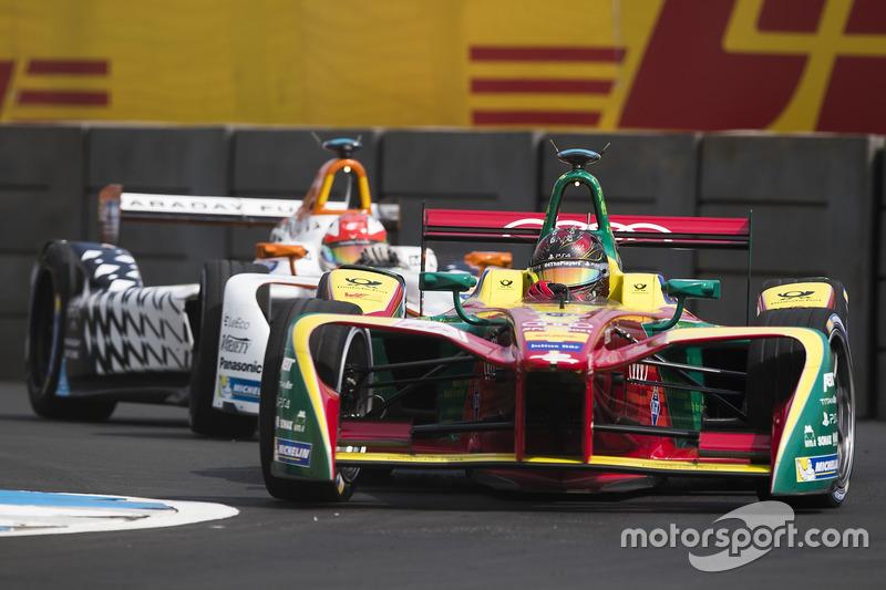 Daniel Abt, ABT Schaeffler Audi Sport; Loic Duval, Dragon Racing