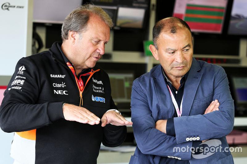 Robert Fernley, Sahara Force India F1 subdirector del equipo y Eddie Jones, entrenador del England R