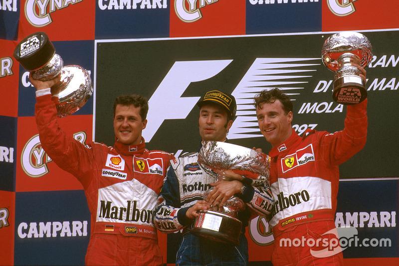 Podium: 1. Frentzen, 2. Schumacher, 3. Irvine