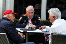 Niki Lauda, Mercedes Non-Executive Chairman with Dr. Helmut Marko, Red Bull Motorsport Consultant and Charlie Whiting, FIA Delegate