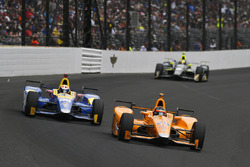 Fernando Alonso, Andretti Autosport, Honda; Alexander Rossi, Herta - Andretti Autosport, Honda