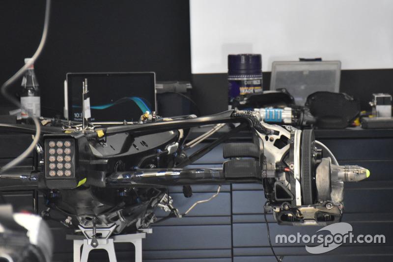 Mercedes-Benz F1 W08, gearbox