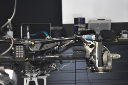 Mercedes-Benz F1 W08, versnellingsbak