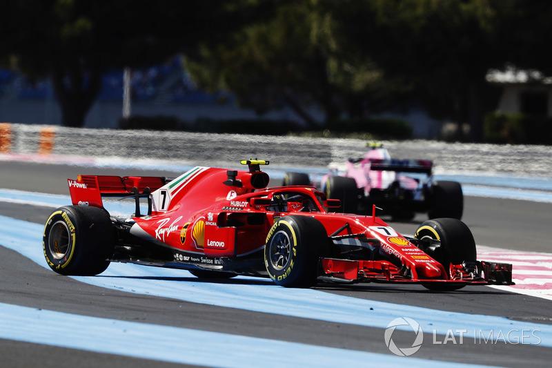 Kimi Raikkonen, Ferrari SF71H, en tête-à-queue