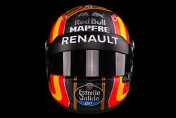 The helmet of Carlos Sainz Jr., Renault Sport F1 Team
