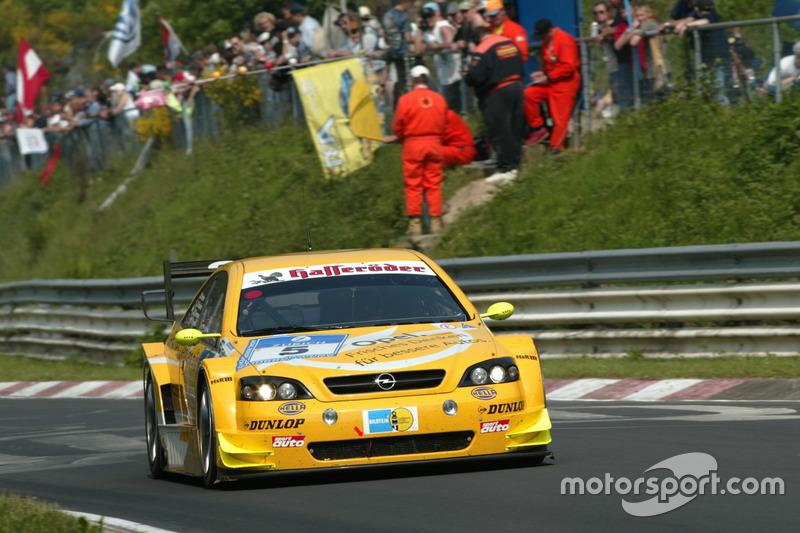 2003: Мануэль Ройтер, Тимо Шайдер, Марсель Тиман – Opel Astra V8 Coupe