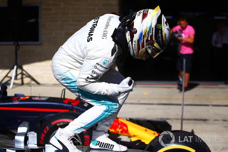Lewis Hamilton, Mercedes AMG F1 W08, celebra en Parc Ferme
