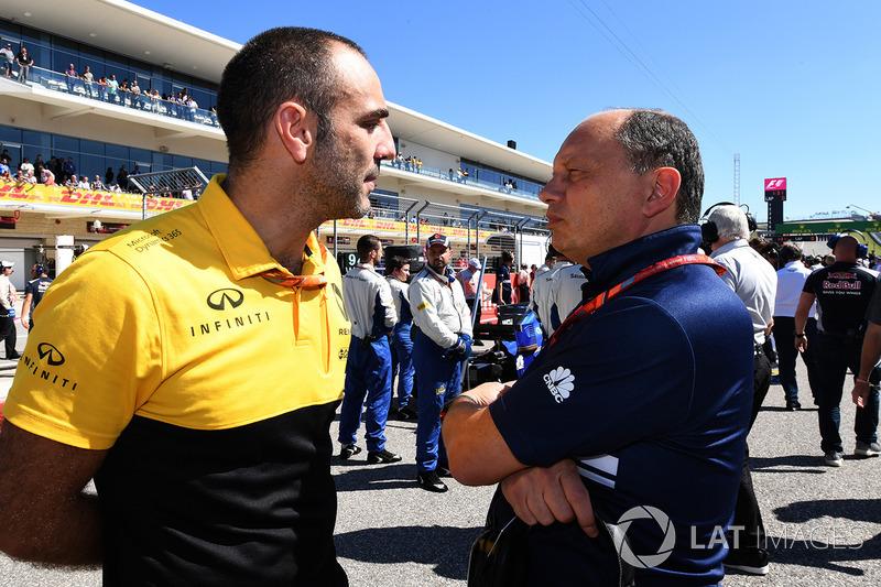 Cyril Abiteboul, Renault Sport F1 Managing Director y Frederic Vasseur, Sauber Team Principal