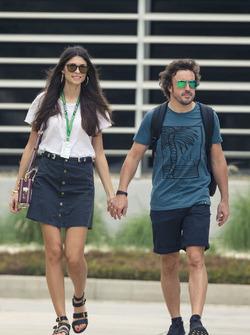 Fernando Alonso, McLaren con la fidanzata Linda Morselli