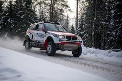 Денис Кротов и Дмитрий Цыро, ASPEC MOTORSPORT, BMW X3 (№24)