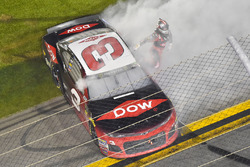 Le vainqueur Austin Dillon, Richard Childress Racing Chevrolet Camaro