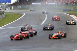 Felipe Massa, Ferrari F2007 overtakes Markus Winkelhock, Spyker F8 V11