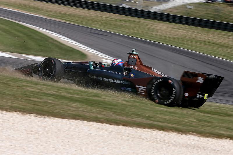 Zach Veach, Andretti Autosport Honda en tête-à-queue
