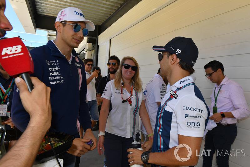 Esteban Ocon, Sahara Force India F1 and Felipe Massa, Williams on the drivers parade