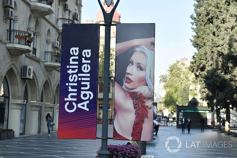 Баннер с изображением Кристины Агиллеры