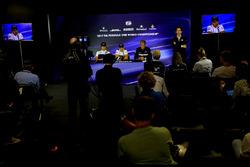 Lance Stroll, Williams, Felipe Massa, Williams and Marcus Ericsson, Sauber in the Press Conference