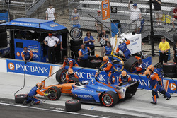 Scott Dixon, Chip Ganassi Racing Honda, pit stop
