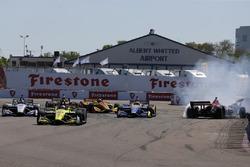 Kollision: Robert Wickens, Schmidt Peterson Motorsports Honda, Alexander Rossi, Andretti Autosport Honda