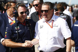 Christian Horner, Team Principal, Red Bull Racing, Zak Brown, directeur exécutif du McLaren Technology Group
