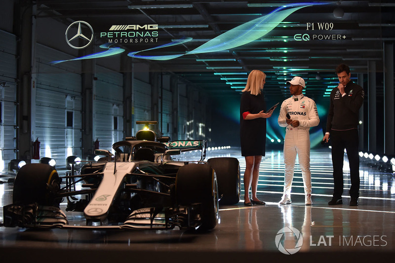 Lewis Hamilton, Mercedes AMG F1, Toto Wolff, Executive Director Mercedes AMG F1