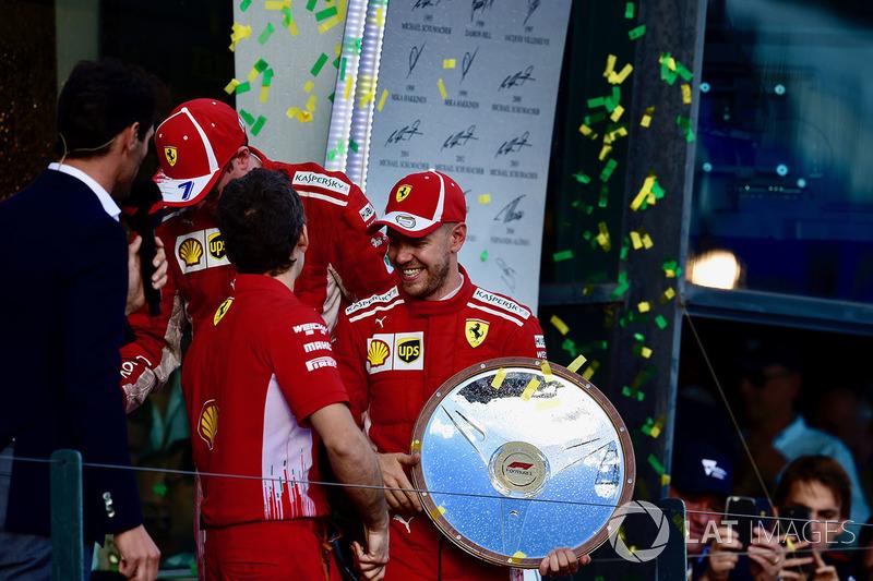 Sebastian Vettel, Ferrari et Kimi Raikkonen, Ferrari, Mark Webber