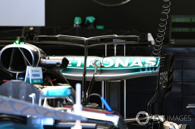 Mercedes-Benz F1 W08  rear wing