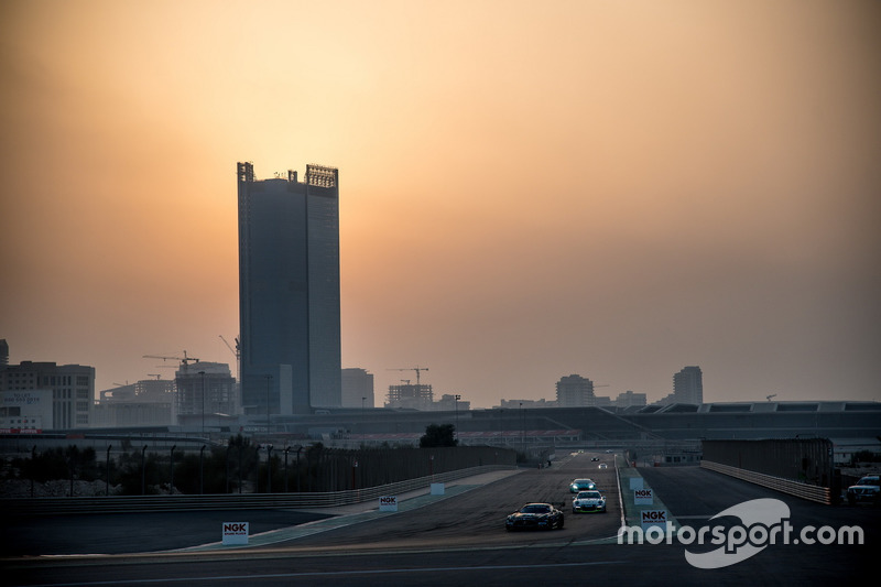 #3 Black Falcon, Mercedes AMG GT3: Abdulaziz Al Faisal, Hubert Haupt, Yelmer Buurman, Michal Broniszewski, Maro Engel