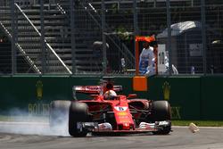 Себастьян Феттель, Ferrari SF70H, блокує колесо