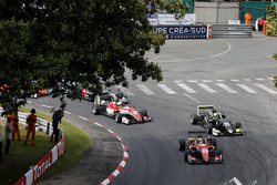 Start action, Maximilian Günther, Prema Powerteam Dallara F317 - Mercedes-Benz leads