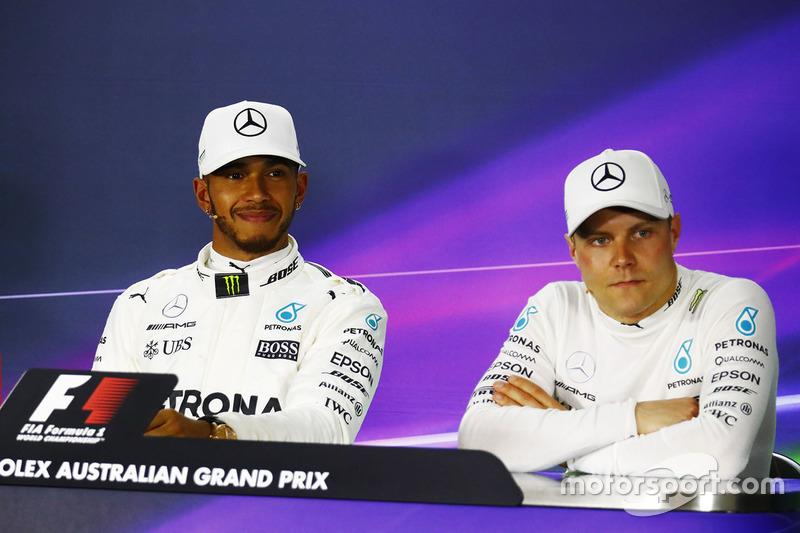 Lewis Hamilton, Mercedes AMG F1; Valtteri Bottas, Mercedes AMG F1