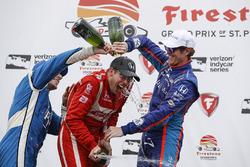 Podium: 1. Sébastien Bourdais, Dale Coyne Racing, Honda; 2. Simon Pagenaud, Team Penske, Chevrolet; 3. Scott Dixon, Chip Ganassi Racing, Honda