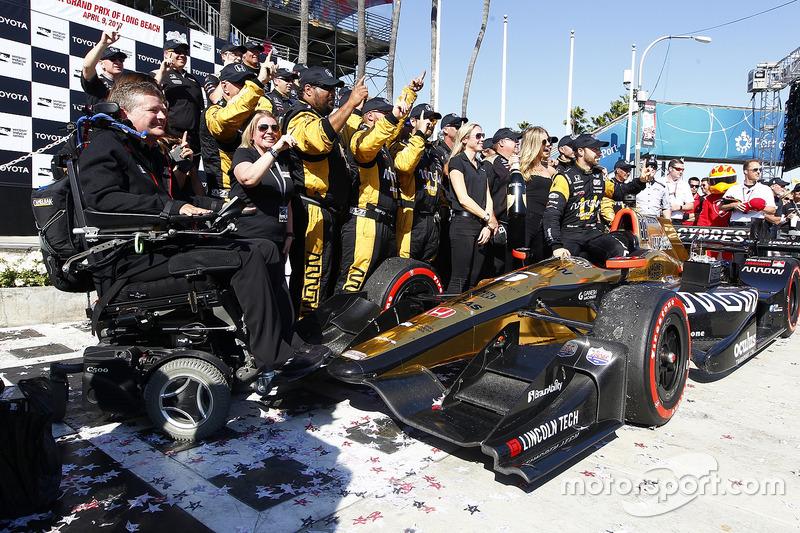 1. James Hinchcliffe, Schmidt Peterson Motorsports. Honda