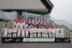 2017 Drivers Group Photo