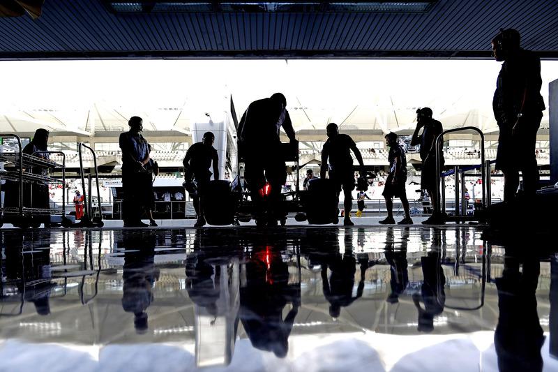 El equipo devolver un coche en el garaje de Williams