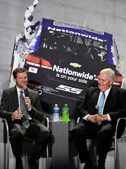 Dale Earnhardt Jr., Hendrick Motorsports Chevrolet, Rick Hendrick