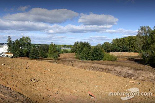 Travaux sur le circuit du Mans