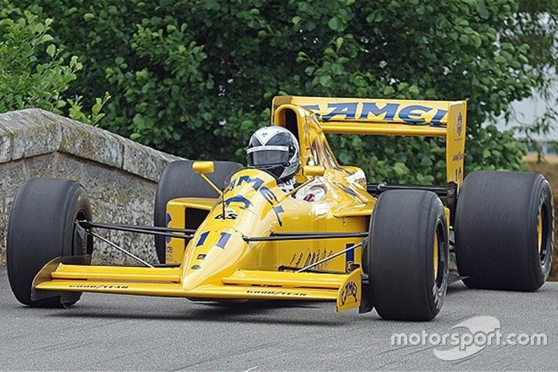 Lotus 102. Сезон: 1990. Цена по запросу
