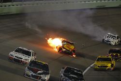 Accident de Martin Truex Jr., Furniture Row Racing Toyota