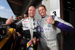 Al secondo posto #14 V8 Racing Renault RS01: Nicky Pastorelli, Joshua Webster
