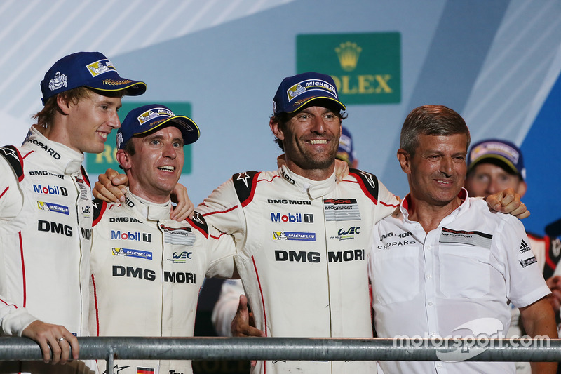 Podium: race winners Timo Bernhard, Mark Webber, Brendon Hartley, Fritz Enzinger, Vice President LMP
