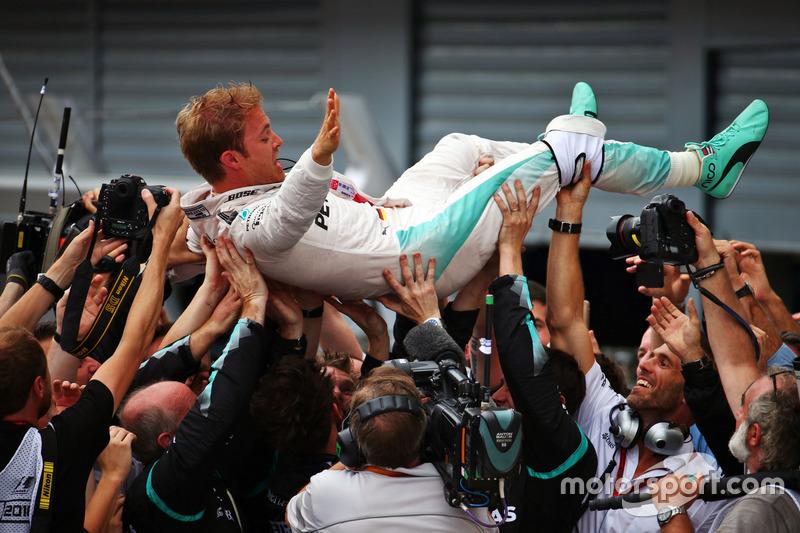 Il vincitore, Nico Rosberg, Mercedes AMG F1