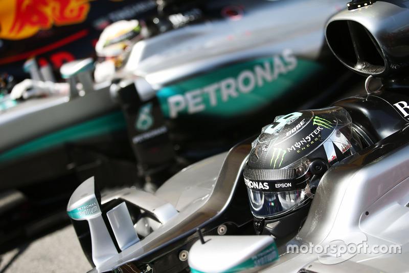 Rosberg y Hamilton el sábado en España 2016
