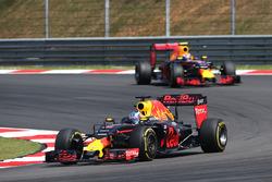Даниэль Риккардо, Red Bull Racing RB12 и Макс Ферстаппен, Red Bull Racing RB12