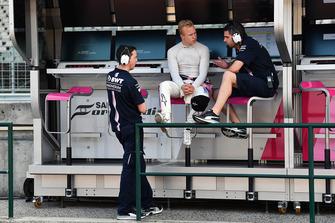 Nikita Mazepin, Force India F1, al muretto box