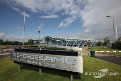 Mercedes Brixworth motor fabrikası